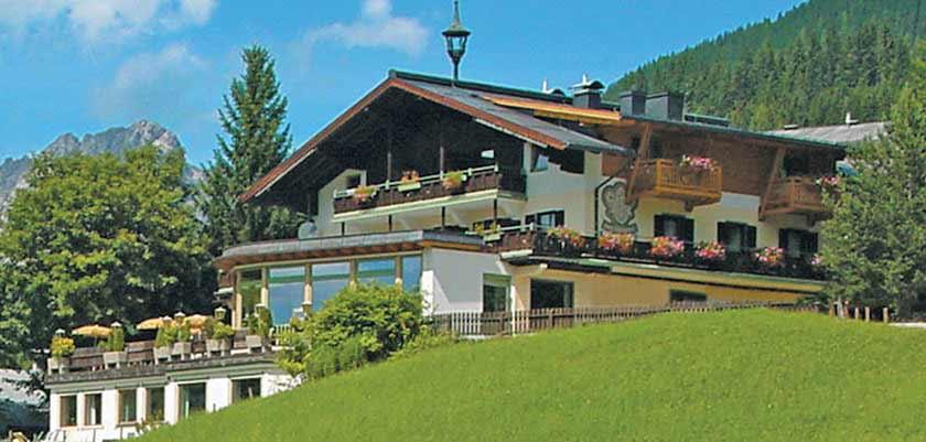 Hotel Alpenkrone, Filzmoos, Austria - Exterior.jpg